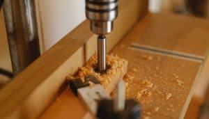 Perçage bois avec perceuse à colonne